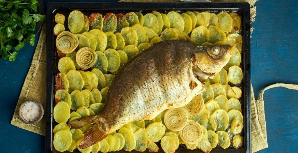 Fisch mit Kartoffeln ► Rezept mit Fisch ► Rezept GREEKCUISINEmagazin