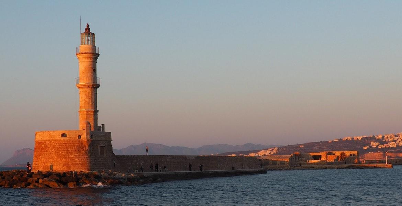 Hafenstadt von Chania, mit seinem bekannten Wahrzeichen, der Leuchtturm.