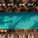 OKU KOS► Pool im Aussenbreich | GREEKCUISINEmagazine